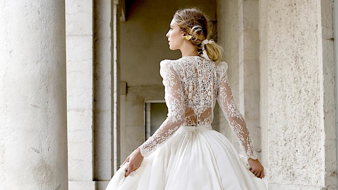 La bonne robe de mariée pour le bon costume de marié