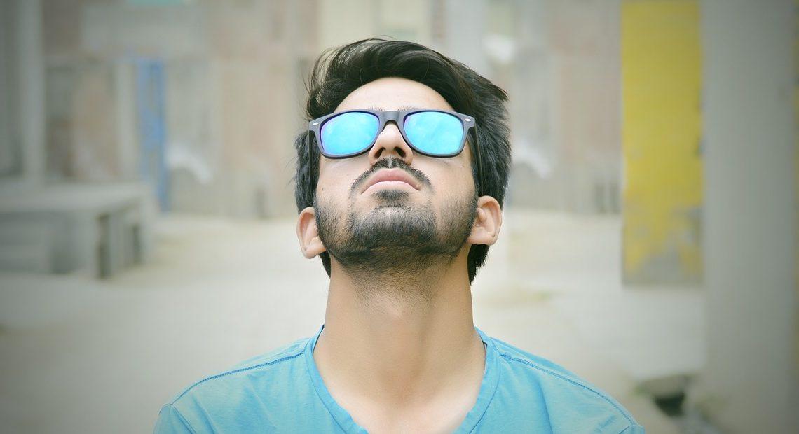 Guide homme : comment choisir ses lunettes pour un meilleur look ?