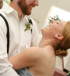 Pourquoi porter des bretelles à votre mariage