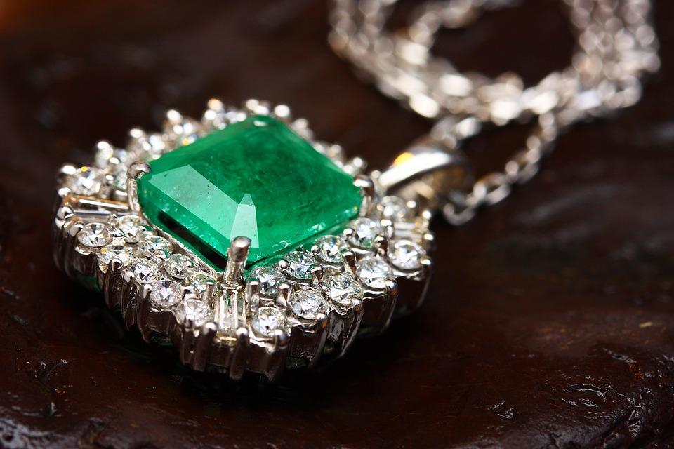 Acheter une pierre de jade : les conseils à suivre
