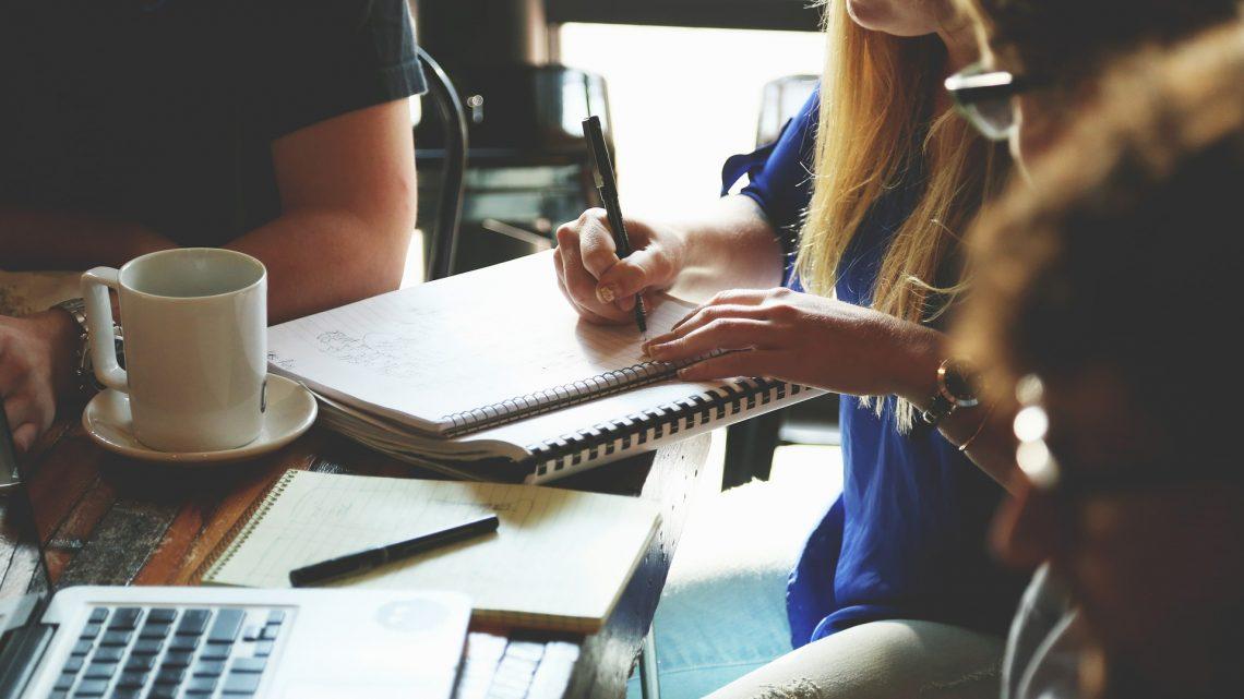 L'importance et le rôle de la gestion des ressources humaines dans les institutions commerciales