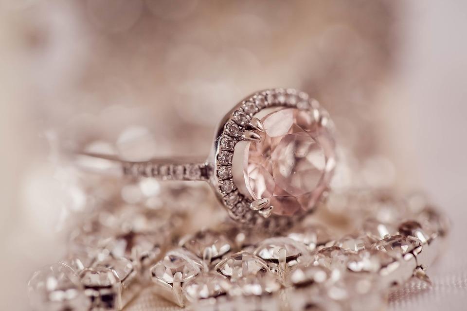 Comment prendre soin d'un bijou d'Anvers Diamant?